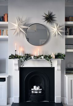 Christmas styling with Rose & Grey Christmas styling with Rose & Grey Christmas Interiors, Minimalist Christmas, Christmas Fireplace, Modern Christmas, Scandinavian Christmas, Simple Christmas, Christmas Home, Christmas Greenery, Christmas Decor