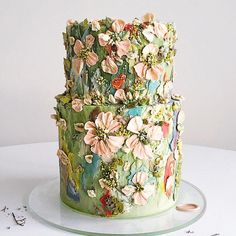 Hand painted cakes or hand piped flower wreaths? Gorgeous Cakes, Pretty Cakes, Cute Cakes, Amazing Cakes, Bolo Floral, Floral Cake, Rhubarb Cake, Hand Painted Cakes, Buttercream Flowers