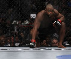Rashad Evans feels betrayed by both Jon Jones and the Greg Jackson team. At UFC he aims to take his revenge. Feeling Betrayed, Jon Jones, No Way, Ufc, Looking Back, Athletes, Change, Pretty