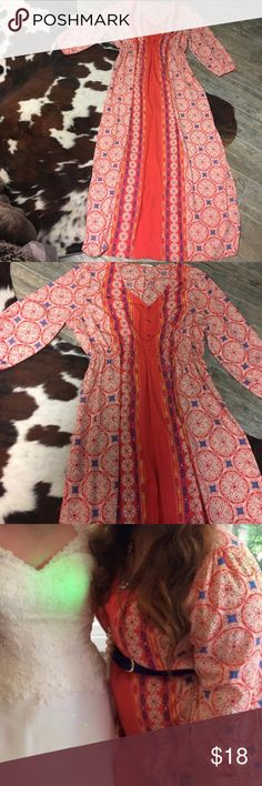 Plus Size Printed Caftan Plus Size Printed Caftan! Only worn Once!!! Beautiful print & Colors... Stretchy elastic waist and will fit an 16/18. Perfect for Vacation as a cover up or belted with heels for an event! maitai Dresses Maxi