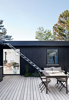 minimalist oasis with roof terrace