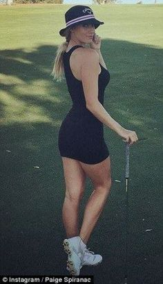 Expert Golf Tips For Beginners Of The Game. Golf is enjoyed by many worldwide, and it is not a sport that is limited to one particular age group. Not many things can beat being out on a golf course o Girls Golf, Ladies Golf, Women Golf, Golf Sexy, Golf Tips Driving, Golf Holidays, Golf Drivers, Golf Tips For Beginners, Sporty Girls