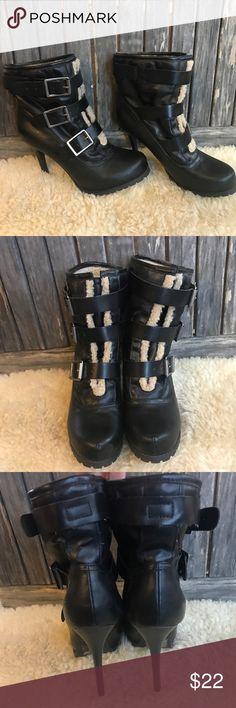 VERA WANG Black Leather Fleece Buckle Heel Boots Cute warm boots, worn once! Vera Wang Shoes Winter & Rain Boots