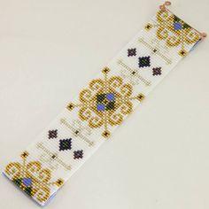 Renaissance Frozen Style Wide Cuff Bead Loom by PuebloAndCo Bead Loom Patterns, Peyote Patterns, Bracelet Patterns, Beading Patterns, Bead Loom Bracelets, Tear, Bijoux Diy, Loom Beading, Bead Weaving