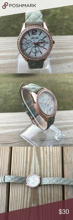 Geneva Womens Watch Fancy Quilt Imitation Leather Geneva Womens Watch Fancy Quilt Imitation Leather Band Japan Movt  Brand: GENEVA  Pre owned: Never used, working battery. look like new. fully functional. no box Geneva Accessories Watches