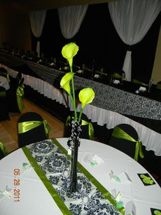 Black Eiffel Tower Vase Lime Green Calla Lilies Crystal Spray Damask Table Runner With Edges