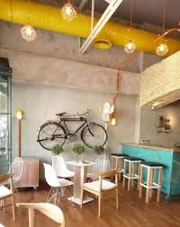 100 Modern Cafe Interior Design Concepts For Elegant Look Cafes have become a go-to place for not just coffee but more as a place to hangout. An interior specially designed to comfort the customers is what matters today. Coffee Shop Interior Design, Coffee Shop Design, Design Loft, Cafe Design, Wood Design, Design Design, Inspiration Design, Interior Inspiration, Design Ideas