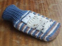 Knit this hot water bottle cover during the winter months. It's shaped like a cute mitten and it will keep you nice and warm. DK yarn is used for a fabulous free knitting pattern. Crochet Pillow Patterns Free, Crochet Basket Pattern, Knitting Patterns Free, Free Knitting, Knitting Ideas, Crochet Ideas, Free Crochet, Lavender Bags, Lavender Sachets