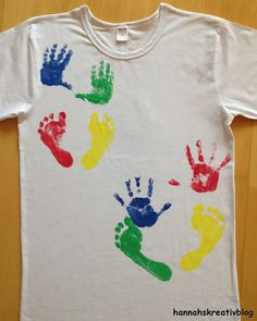 Fabric Colour Painting, Paint Colors, 2 Year Olds, Mothers Day Crafts, Mens Tops, Kids, Fashion, Activities, Paint Shirts