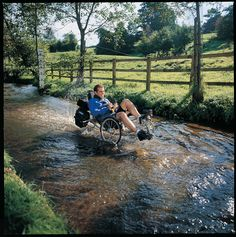 wet wet wet Real Friends, Long Distance, Cycling, Gallery, Travel, Walking, Biking, Viajes, Roof Rack