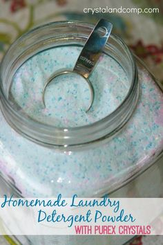 Homemade laundry detergent powder! I've been wanting to try this and this tutorial looks pretty simple