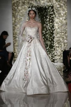 THE REEM ACRA FALL 2015 WEDDING DRESS COLLECTION