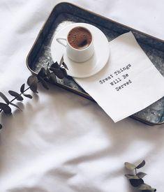 """369 Suka, 9 Komentar - @buketates di Instagram: """"Gezmek çok güzel ama sanırım en güzel tarafı eve dönmek  #mutluyumçünkü #saturday"""""""