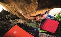 www.boulderingonline.pl Rock climbing and bouldering pictures and news #AnnaStöhr in action