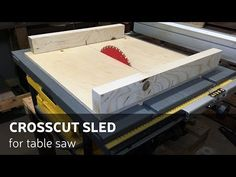This time I'll show you how I made a simple and accurate crosscut sled for my job site table saw. Matthew Cremona - Simple Crosscut Sled and 5 cut method exp. Table Saw Sled, Table Saw Fence, Table Saw Jigs, Woodworking Blueprints, Jet Woodworking Tools, Woodworking Projects, Cross Cut Sled, Homemade Tables, Make A Table