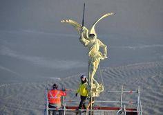 L'archange du Mont-Saint-Michel a été déposé avec succès