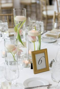 Modern Floating Flower Centerpieces | Emilia Jane Photography https://www.theknot.com/marketplace/emilia-jane-photography-chicago-il-613018 | Clementine Custom Events | Life In Bloom