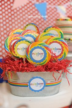 cute whirly pop sucker favors for rainbow party