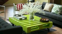 Pallet Coffee Table  This would be a great idea for the deck....have to see if I can get Keith to make one for me..