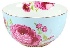 Pip Studio Amsterdam 5 inch Blue Porcelain Bowl -Pip Studio's beautifully designed dinnerware is whimsical and colorful, charming and elegant at the same time. Bowl is 5 Inches in diameter and coordinates with all the other items in the collection. Pip Studio, Blue Bowl, Dessert Bowls, Fruit Bowls, Antique Roses, Big Flowers, Vintage Floral, Vintage Style, Bowl Set