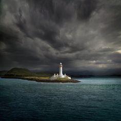 #Lighthouse - Oban, west coast of #Scotland http://flightsfromreality.eblog.cz/2692011