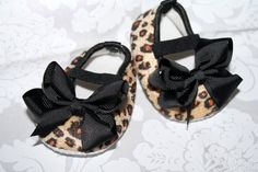 Pair of SASSY TAN Leopard Baby Crib Shoes with by thefloppyflower, $10.95