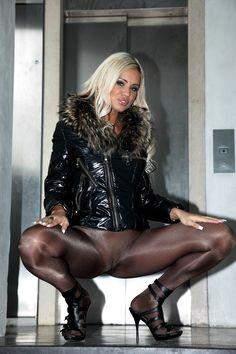 women legs stox hose