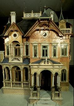 """Blue Roof Victorian Mansion"" dollhouse manufactured by Moritz Gottschalk; Germany, 1890 This is so amazing! Haunted Dollhouse, Haunted Dolls, Dollhouse Dolls, Dollhouse Miniatures, Haunted Mansion, Victorian Dolls, Antique Dolls, Miniature Houses, Miniature Dolls"