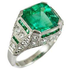 Exceptional Art Deco Emerald Diamond Platinum Ring | 1stdibs.com
