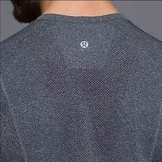 Lululemon Men S long sleeve metal vent tech In Excellent Used Condition, no piling no fade no spots. Size Small, shirt is gray. Style is the metal vent tech, this is the first edition in this tee so no thumbholes. Logo is in the back. No trades. lululemon athletica Tops