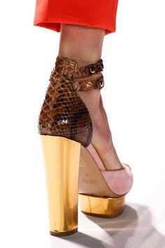 4dd0fe97fe4 Gold platform  amp  snakeskin   ♥ Gold Heels