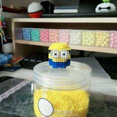 3D Minion perler beads - Pattern: https://de.pinterest.com/pin/374291419013887875/