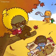 - 어느덧, 차가운 바람이 불어오는 계절. 11월의 시작도 즐겁게! - It's time to enjoy the gorgeous fall foliage —happy November, everyone! - #쓸쓸하지 #않아요 #쌀쌀할뿐 #카카오프렌즈 #11월 #응원 #제이지 #라이언 #콘 #프로도 #네오 #fall #foliage #november #hellofall #KakaoFriends Friends Gif, Line Friends, Friends Wallpaper, Bear Wallpaper, Funny Character, Character Design, Ryan Bear, Apeach Kakao, Kakao Friends