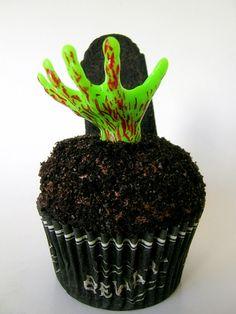 zombiecupcakes5; http://www.sweetestkitchen.com/2009/10/zombie-halloween-cupcakes/