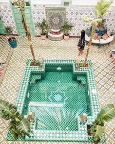 Riads in Marrakech be like ❤️  @iwasinspired  Tag your friends  --------------------------------- #morocco #maroc #rabat #casablanca #marrakech #love #design #essaouira  #travel #moroccan #vacation #beach #tourist#travelmorocco #fes #airbnb #chefchaouen #wanderlust #style #instatravel #trip #amazing #travelphotography