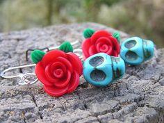 Sugar Skull Day of the Dead Jewelry Skull earrings mini Blue skull red flowers #donnaelizabethdesign