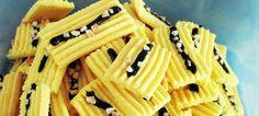 Resepi Semperit Cheese Bahan-Bahannya : 200g mentega (yg tulen akan membuatkan biskut lebih sedap) 100g cream cheese 130g gula icing 200g tepung jagung kupu2 140g tepung kastad(birds custard) 180 g tepung gandum 2 biji kuning telur 2 camb susu pekat manis 1/2 camt esen vanilla Ceri merah @ kismis hitam@ choc chip @ sprinkle rice …