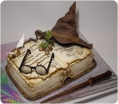 46 ideas of best birthday cake harry potter read-it-later Now Harry Potter Desserts, Bolo Harry Potter, Gateau Harry Potter, Harry Potter Birthday Cake, Harry Potter Food, Harry Potter Wedding, Harry Potter Book Cake, Beautiful Cakes, Amazing Cakes