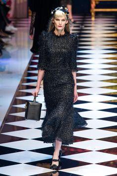 b98c9f5adc5d 79 meilleures images du tableau Dolce   Gabbana   Haute Couture ...