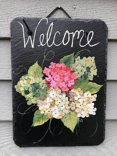 Hydrangeas Slate Welcome sign Summer door decor Outdoor Painted Slate, Painted Rocks, Hand Painted, Tole Painting, Painting On Wood, Slate Art, Slate Signs, Spring Door, Front Door Decor