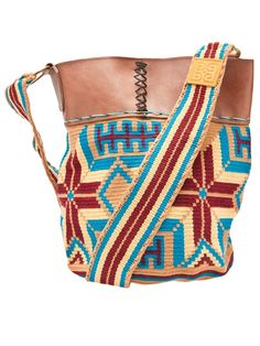 This would be perfect for my gym stuff. Love Crochet, Diy Crochet, Mochila Crochet, Tapestry Crochet Patterns, Ethnic Bag, Tapestry Bag, Boho Bags, Gypsy Bag, Knitted Bags