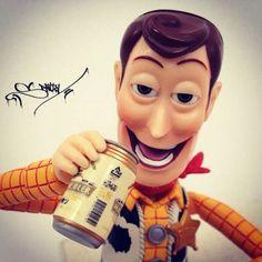 Woody drinking beer, no pasa nada:)