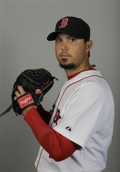 Former Boston Red Sox starting pitcher Josh Beckett. Red Sox Baseball, Baseball Players, Boston Sports, Boston Red Sox, Josh Beckett, Red Sox Nation, America's Pastime, Epic Beard, Boston Strong