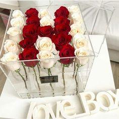 Flower Box Gift, Flower Boxes, H Alphabet, Bouquet Box, Love Wallpapers Romantic, Alien Drawings, Letter Photography, Alphabet Wallpaper, Valentines Surprise