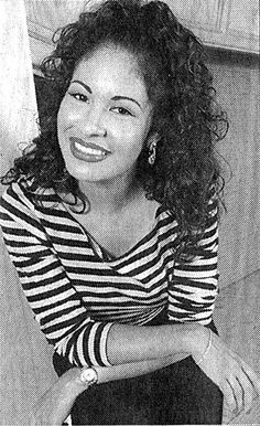 Selena Quintanilla Perez #NickiMinaj resembles her greatly