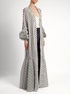 Abaya Designs, Kurti Designs Party Wear, Long Kimono Outfit, Kimono Fashion, Fashion Dresses, Arab Fashion, Muslim Fashion, Maxi Outfits, African Print Fashion