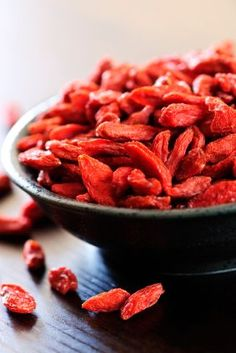 Goji berries also contain some of the highest levels of antioxidants of any food in the world (2 to 4 times the amount found in blueberries). Also, they boost immune function, increase alkalinity, protect the liver, improve eyesight and blood quality, and provide anti-aging benefits. In China I learned to put a few in my hot tea to boost the benefit of the tea.  #WOWfoodanddrink