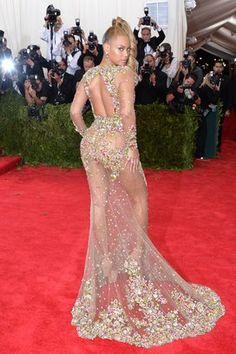 De costas, o vestido é ainda mais revelador . Foto: Evan Agostini/Invision/AP