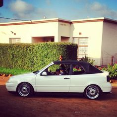VW Golf MK4 Cabrio Slammed.