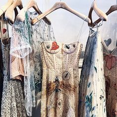 dior new collection!! #DiorSS17 #DiorSS2017 - Hang Me Up...